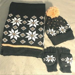 Charter Club Other - 🍁Charter Club Fall Set:Scarf Hat Text Gloves